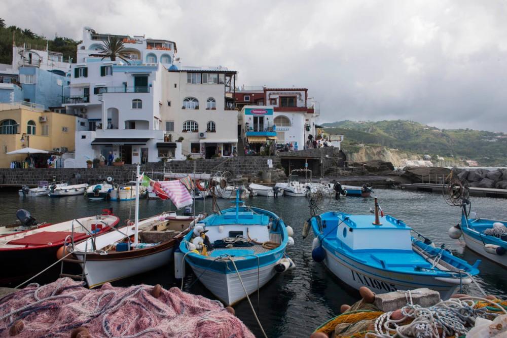 Havna i Sant'Angelo på Ischia