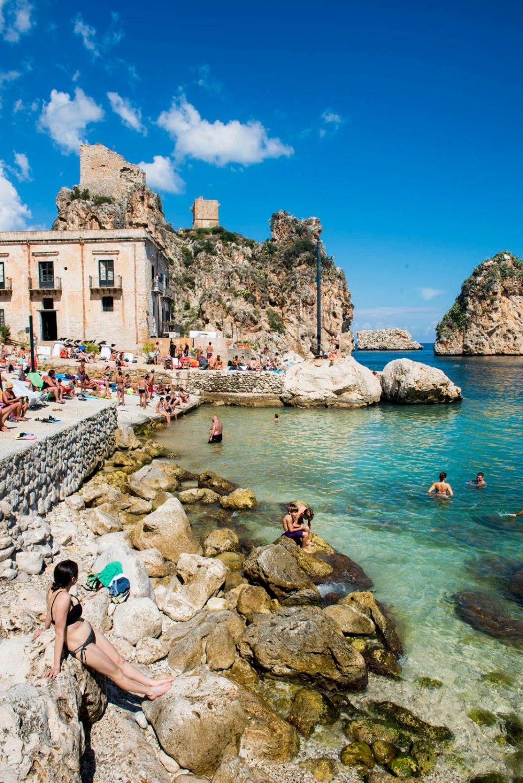 Badeplass i La Tonnara di Scopello på Sicilia
