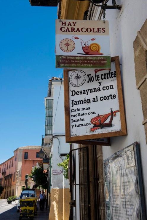 Tradisjonell tapasbar i Jerez.